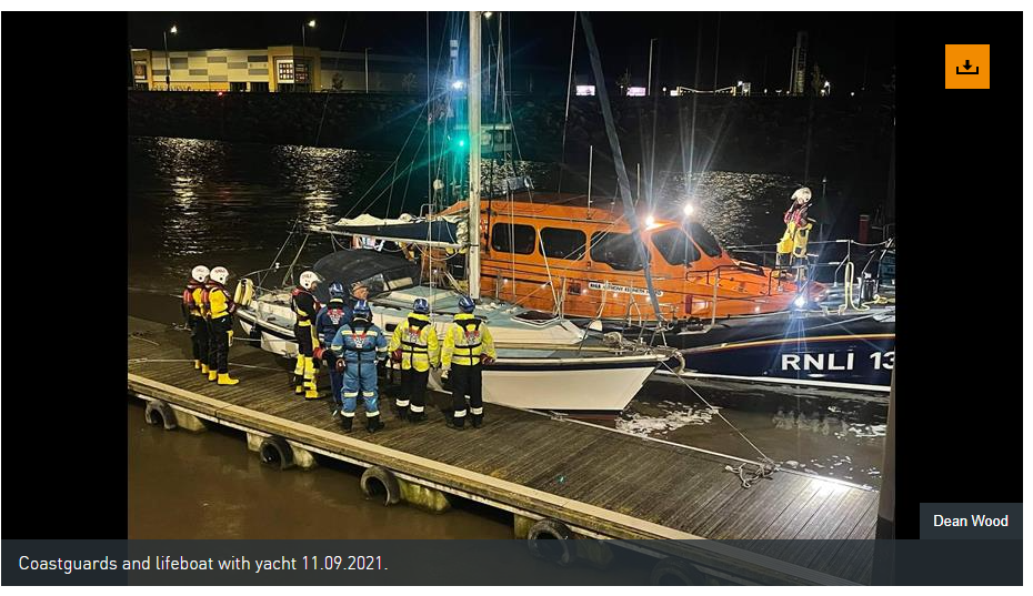 Rhyl lifeboat assists becalmed yacht with engine trouble
